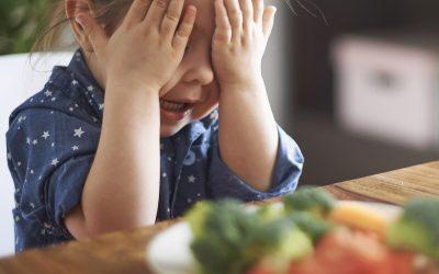 Cum determini copilul să mănânce fără să protesteze