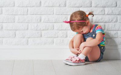 Cum poate fi depășit abuzul emoțional asupra copiilor